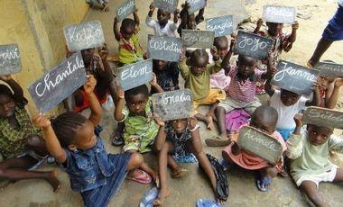 Project visual une bibliothèque pour enfants à Kpele Tsavie au Togo