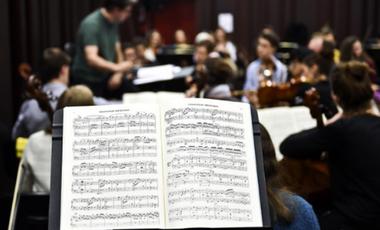 Visuel du projet Surtitrez un Opéra !