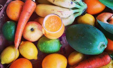 Visuel du projet Les délices de Nini 100% bio - Bar à jus nomade et pâtisseries crues végétales