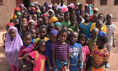 Project visual L'accès à l'éducation commence par un don