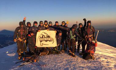 Project visual Notre but : 20 étudiants au sommet du Mont-Blanc.