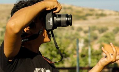 Project visual Help Ahmad editing his films from Lesvos