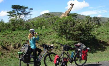 Project visual Voyage de 20 000 km à vélo : publication du livre de Tiphaine