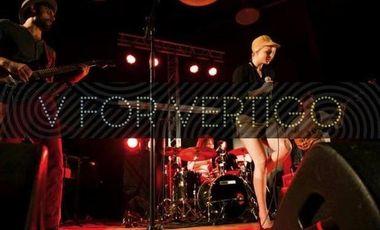 Project visual Un concert au Point Ephémère (Paris) pour fêter la sortie du 1er album de V for VERTIGO