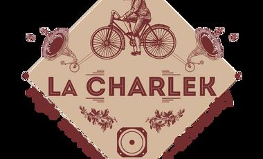 Visueel van project La Charlek, régie avec sound system éco, vélos générateurs et panneau solaire