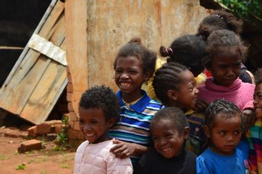 Visueel van project Améliorons l'école d'Andozoka