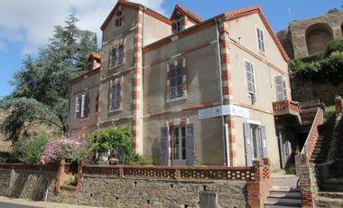 Project visual Le Café des Simples : un café de village au coeur de l'Auvergne