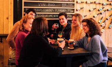 Visuel du projet L.B.F. t'offre l'expérience d'une vie : Retourner au bar !