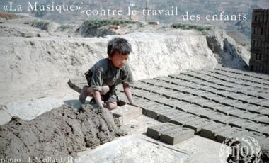 """Project visual """"La musique"""" contre le travail des enfants"""