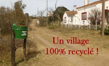 Project visual Un village 100% recyclé