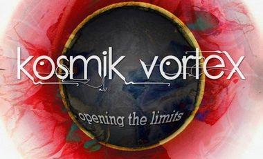 Visueel van project 1er video clip du Kosmik Vortex: Black Laces