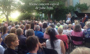 Visuel du projet 10e concert estival de Julie Scolnik au vieux village d'Eygalieres 2016
