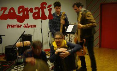Project visual ZOGRAFI, premier album